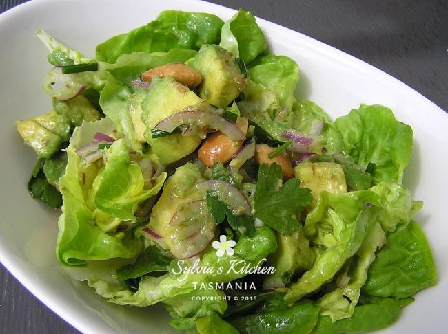 Avocado Lemon and Almond Salad