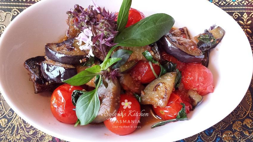 Thai Stir-fry Eggplant Cherry Tomatoes