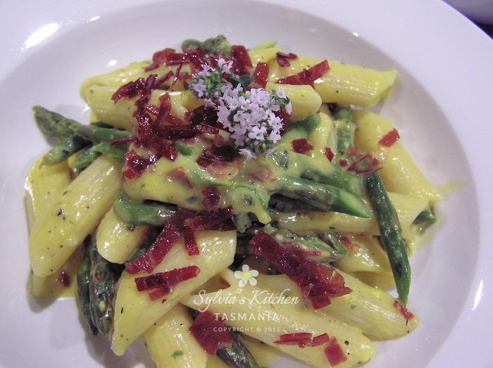 Sylvia's Asparagus Carbonara