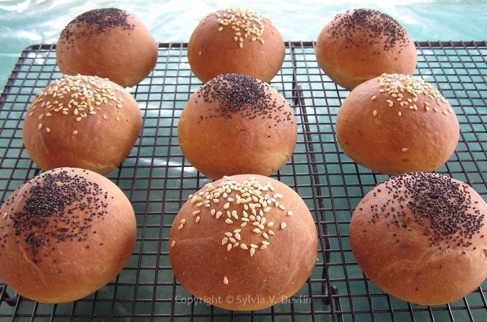 Sylvia's Tarragon Honey Bread Rolls